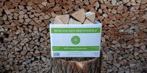 Kaminholz Sack- und Kartonware